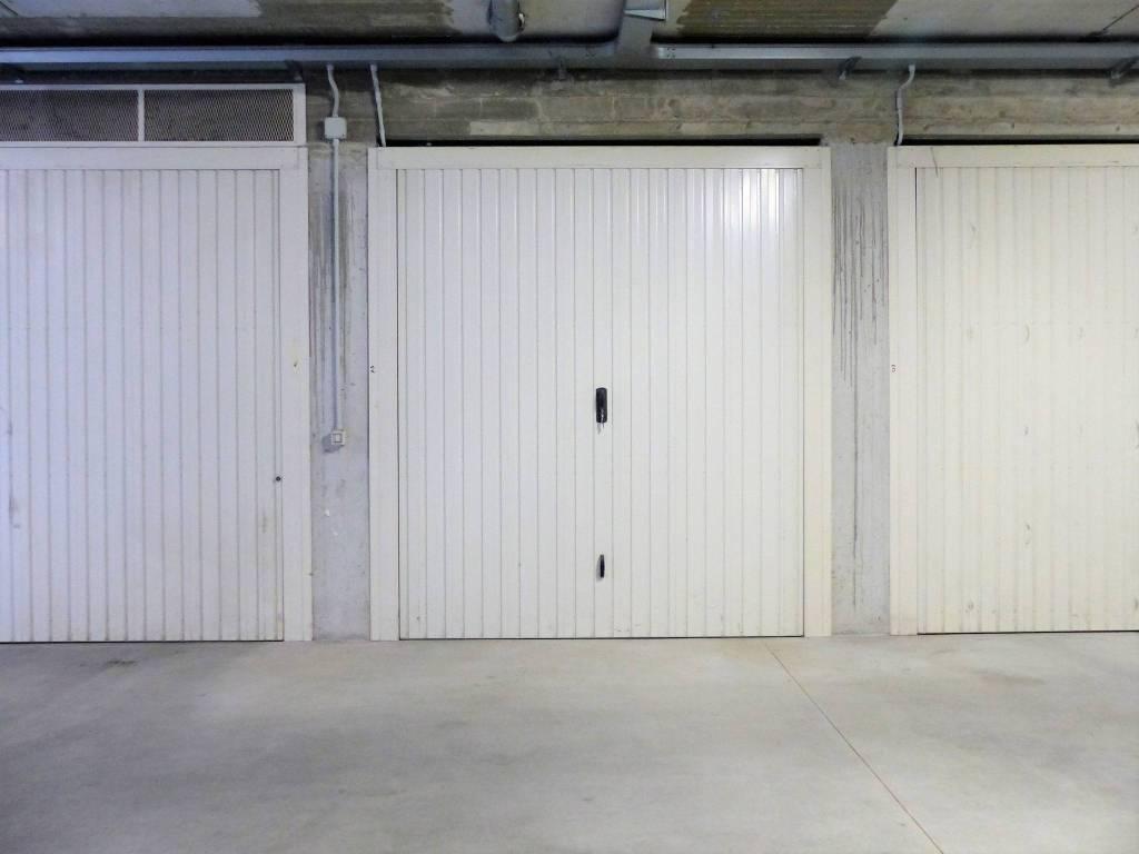 Foto 1 di Box / Garage via Valdieri 1, Cuneo