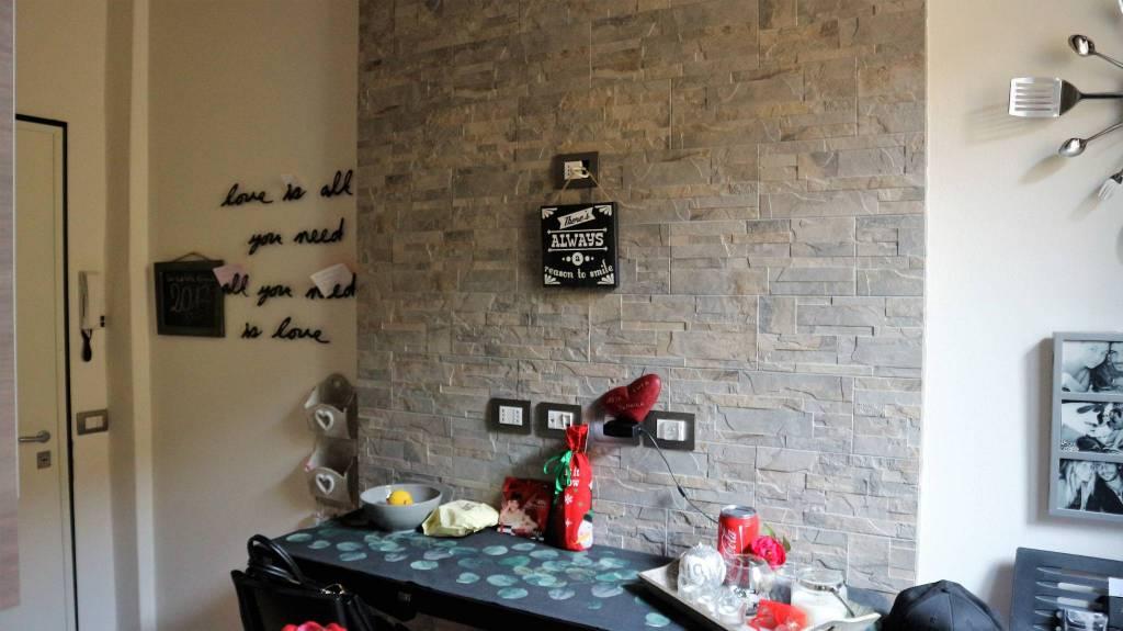 Appartamento in ottime condizioni arredato in vendita Rif. 8972077