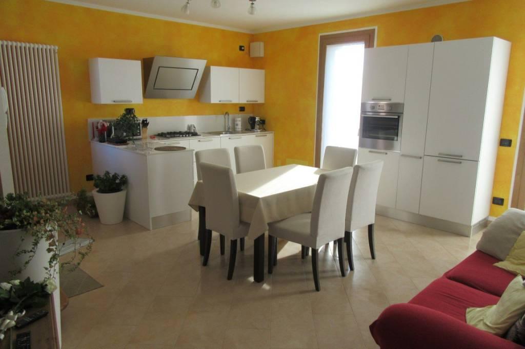 Villa in ottime condizioni in vendita Rif. 8912447
