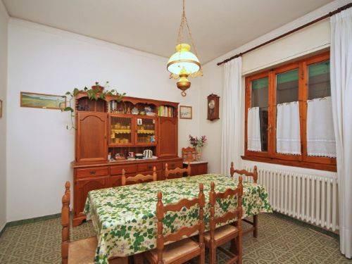 Appartamento in buone condizioni in vendita Rif. 8962178
