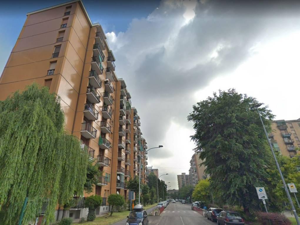 Appartamento in buone condizioni in vendita Rif. 8960915