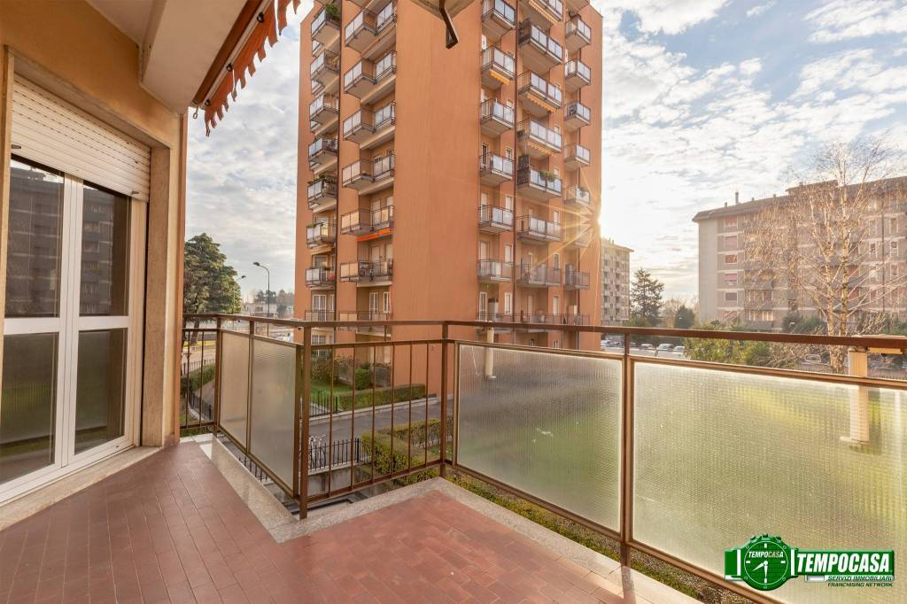 Appartamento da ristrutturare in vendita Rif. 8961807