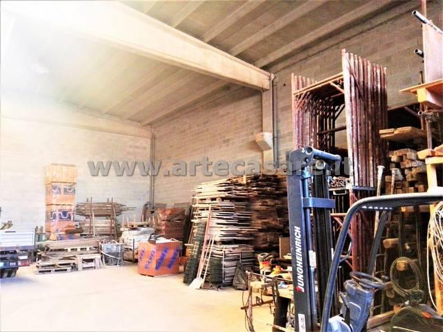 Capannone in vendita a Arluno, 2 locali, prezzo € 325.000 | PortaleAgenzieImmobiliari.it