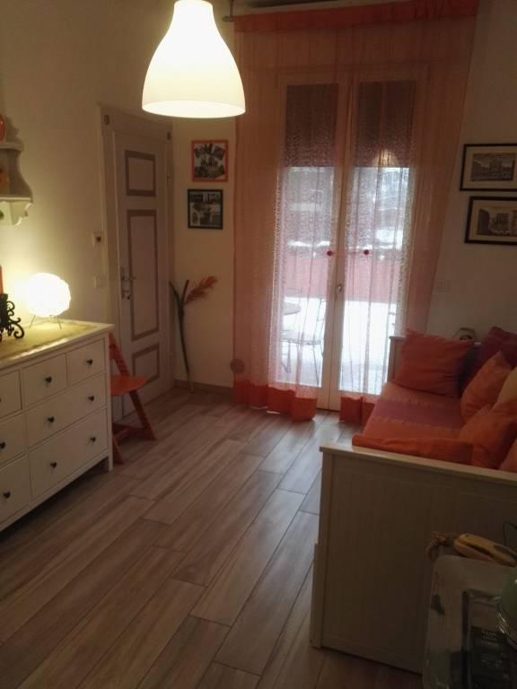 Appartamento in ottime condizioni arredato in affitto Rif. 9318422