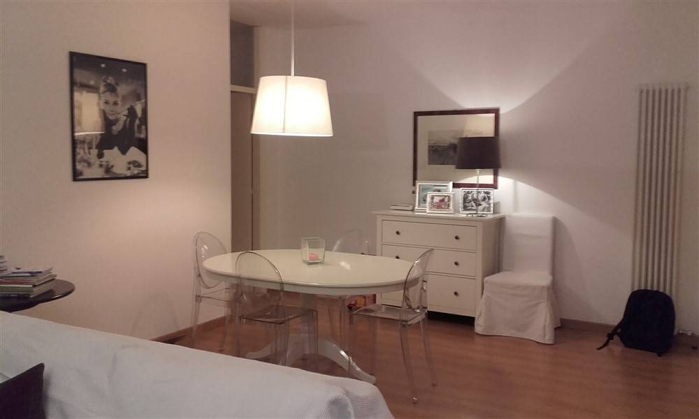 Appartamento in ottime condizioni arredato in affitto Rif. 8962490