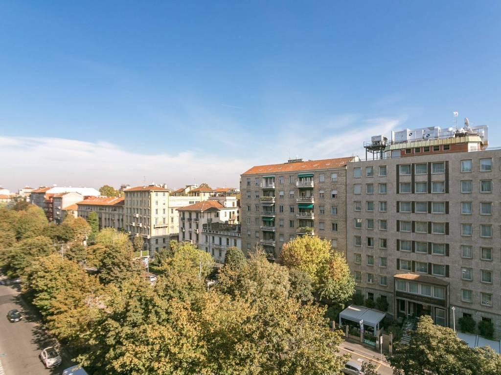 Appartamento in ottime condizioni in affitto Rif. 8965004