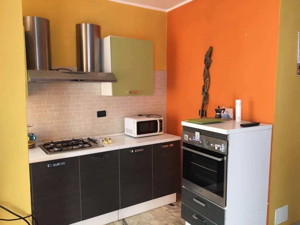 Appartamento in ottime condizioni arredato in affitto Rif. 8962423