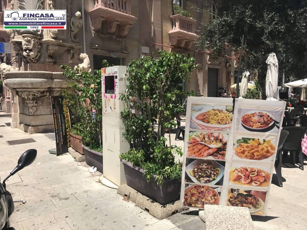 Attivita'-licenza in Vendita a Messina Centro: 160 mq