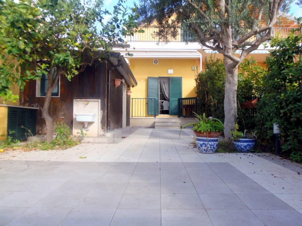 Marina di Ragusa - Casa Singola con Vista Mare