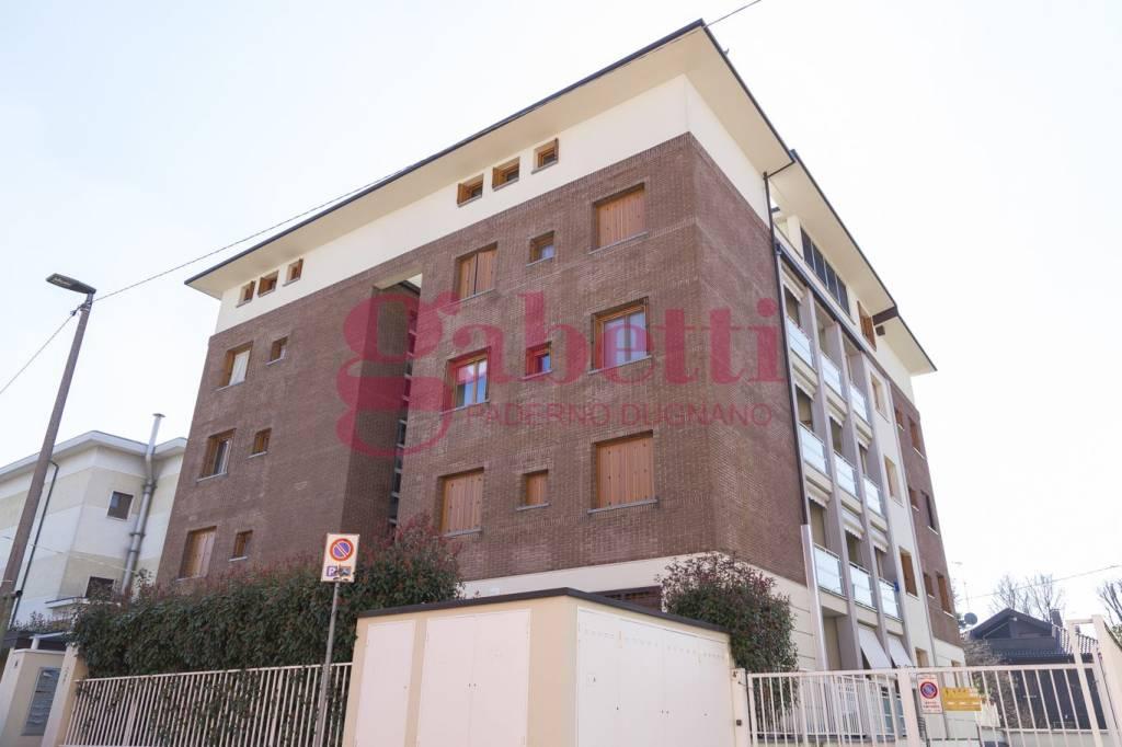 Appartamento in ottime condizioni in vendita Rif. 8961738