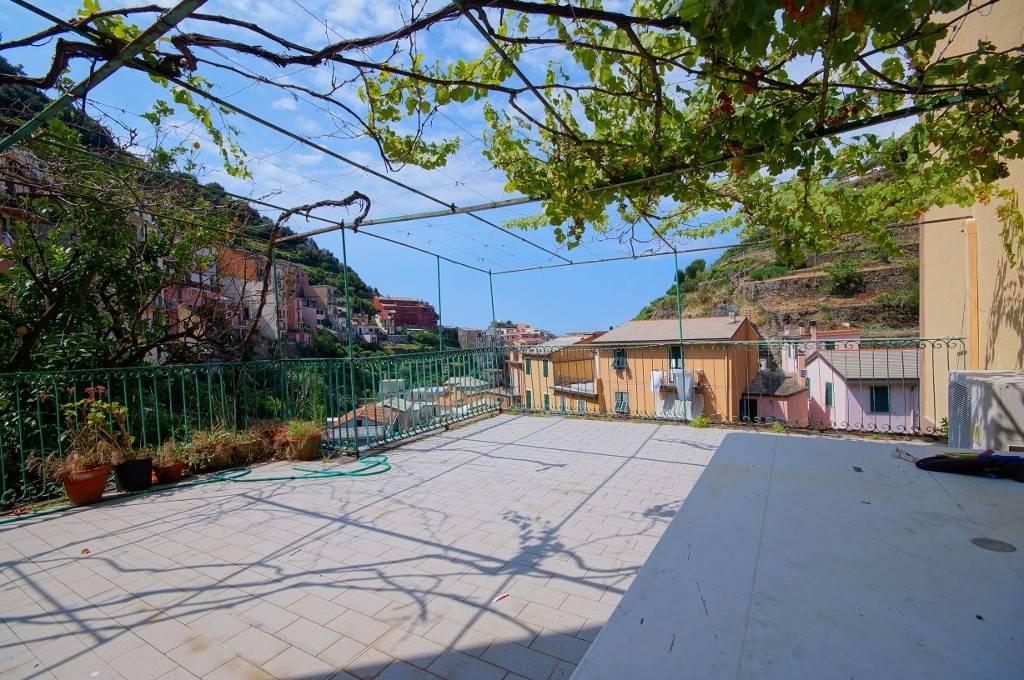 Appartamento in buone condizioni in vendita Rif. 8963782