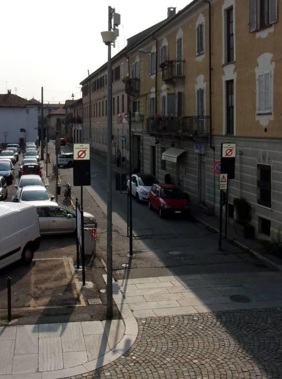 Negozio / Locale in affitto a Venaria Reale, 2 locali, prezzo € 1.000   CambioCasa.it