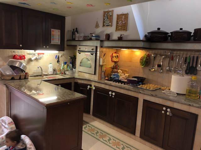 Appartamento in ottime condizioni arredato in vendita Rif. 8972050