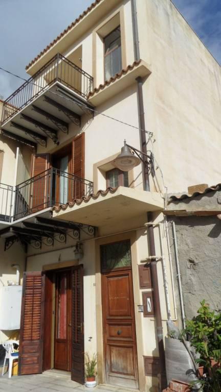 Appartamento in Vendita a Menfi: 5 locali, 160 mq