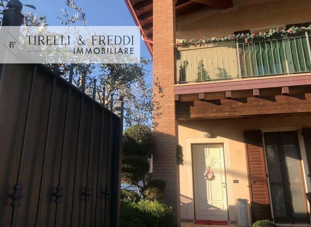 Villa in vendita a Rodengo-Saiano, 4 locali, prezzo € 298.000 | CambioCasa.it