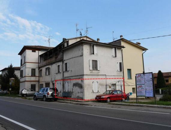 Appartamento in buone condizioni in vendita Rif. 8976634