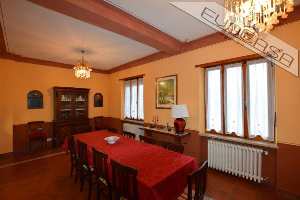Foto 1 di Villa via Camillo Benso di Cavour 18,  Campiglione Fenile