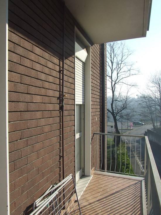 Appartamento in buone condizioni arredato in vendita Rif. 8974464