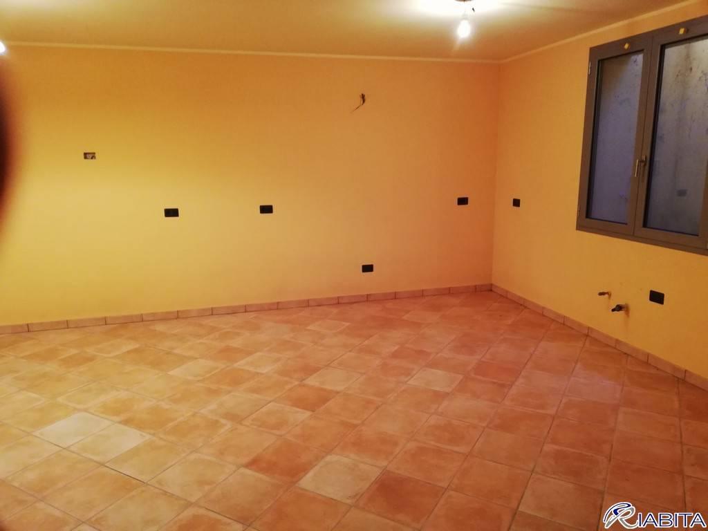Villa in Vendita a Carpaneto Piacentino Centro: 5 locali, 190 mq