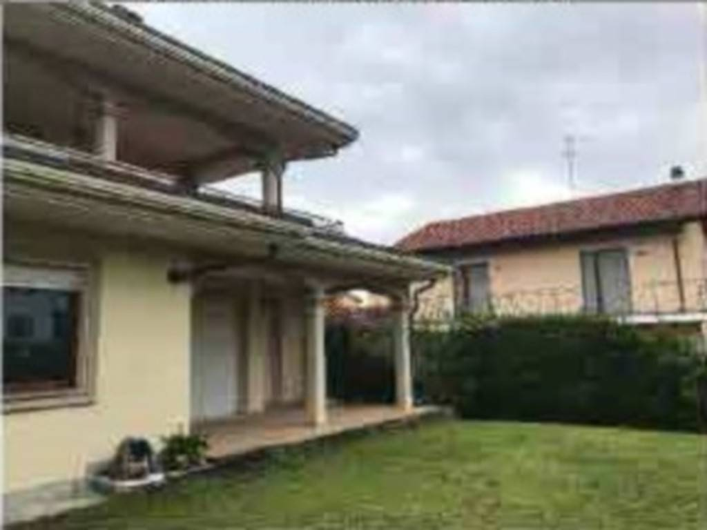 Villa in Vendita a Nole
