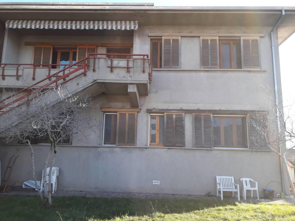 Casa Indipendente in buone condizioni in vendita Rif. 8973954