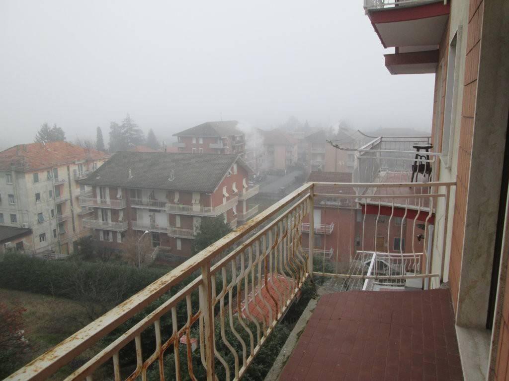 Appartamento in ottime condizioni in affitto Rif. 8977213