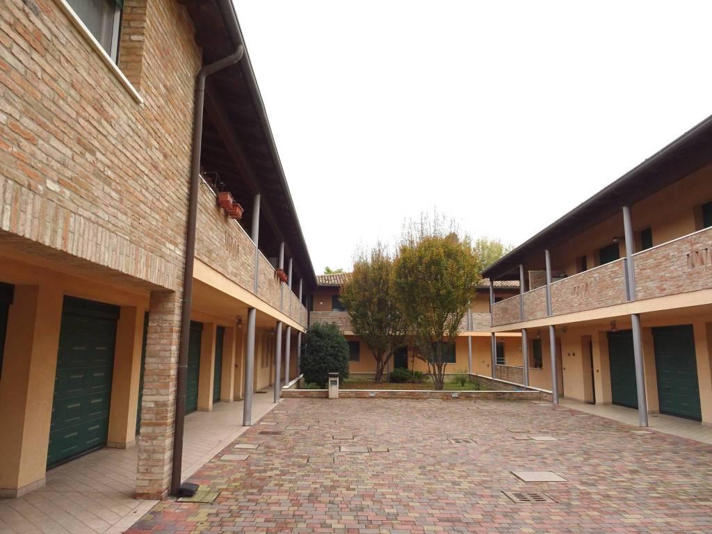 ARGENTA - bilocale arredato vicinanze centro