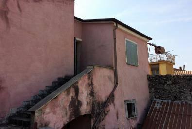 Appartamento da ristrutturare in vendita Rif. 8972284