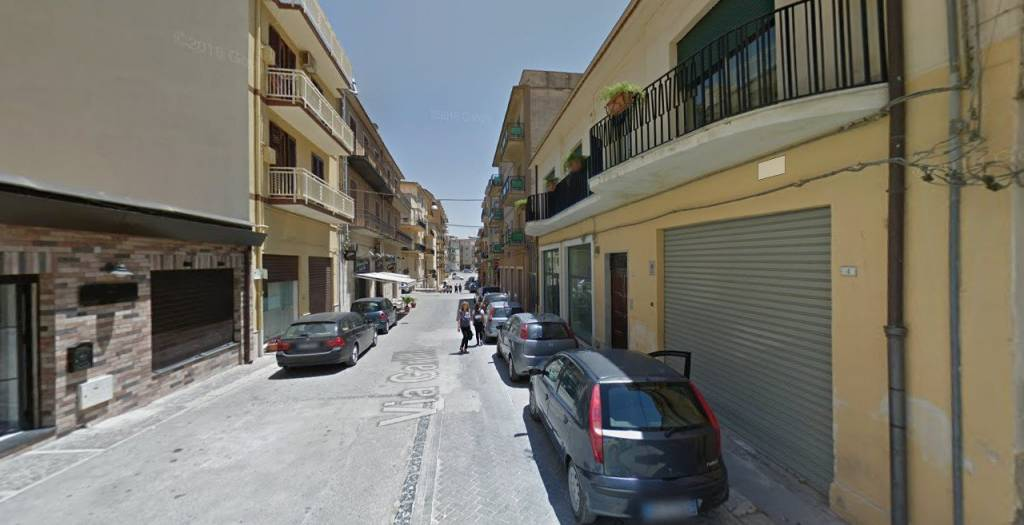 Affittasi locale commerciale in centro