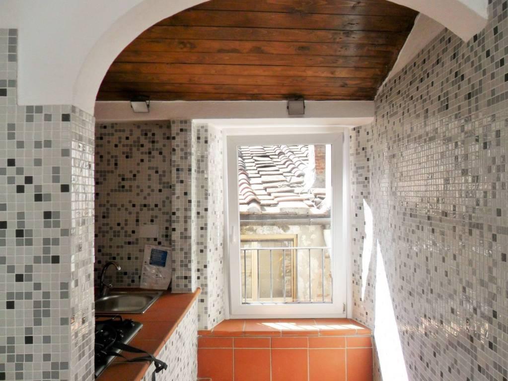 Appartamento in ottime condizioni arredato in vendita Rif. 8986087