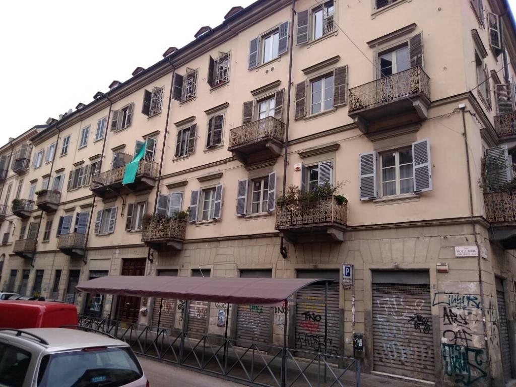 Foto 1 di Quadrilocale via Michele Buniva 13, Torino (zona Vanchiglia, Regio Parco)