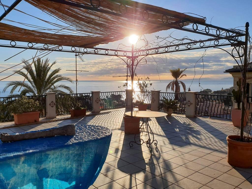 Foto 1 di Appartamento salita Madonnetta di Nervi, Genova (zona Quinto-Nervi)