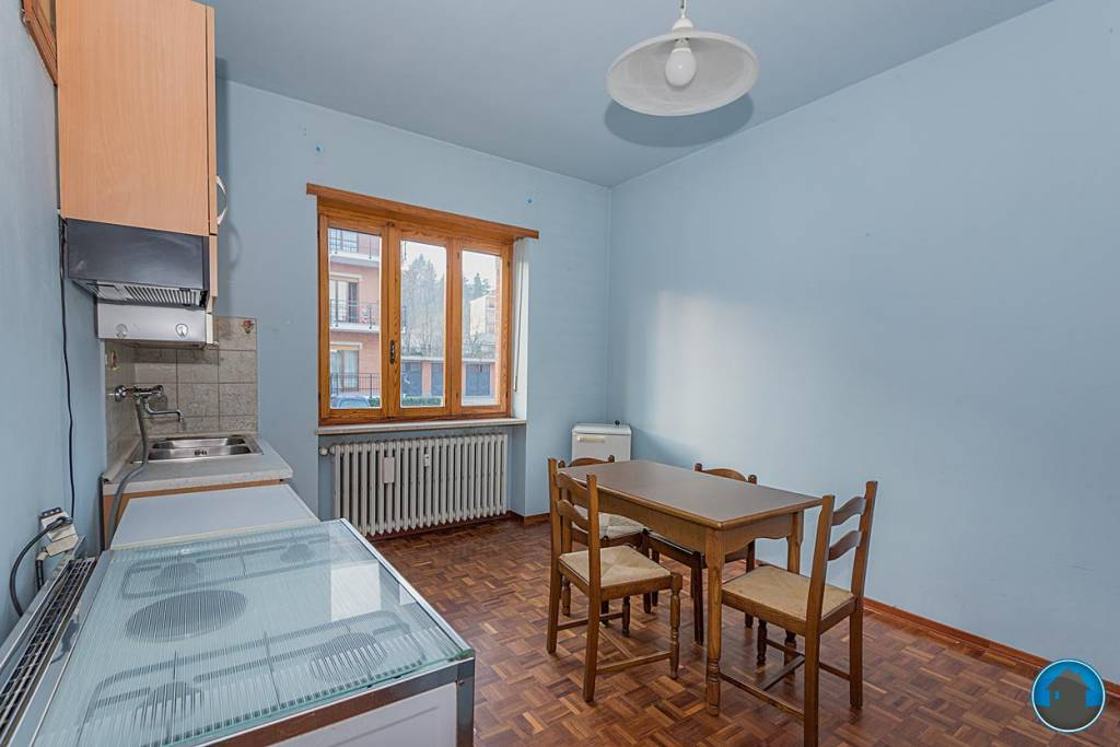Appartamento in ottime condizioni arredato in affitto Rif. 8984188