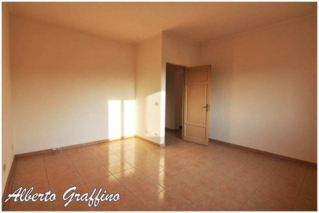 Appartamento in affitto a San Benigno Canavese, 5 locali, prezzo € 550 | CambioCasa.it
