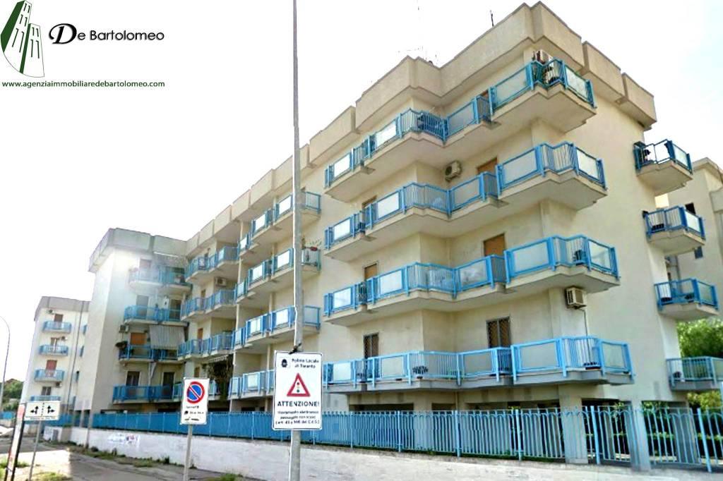 Appartamento con posto auto in Via Dalmazia ang. Via Ancona