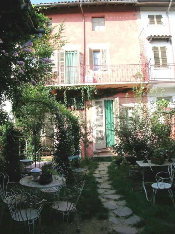 Rustico / Casale in vendita a Viarigi, 4 locali, prezzo € 76.000   CambioCasa.it