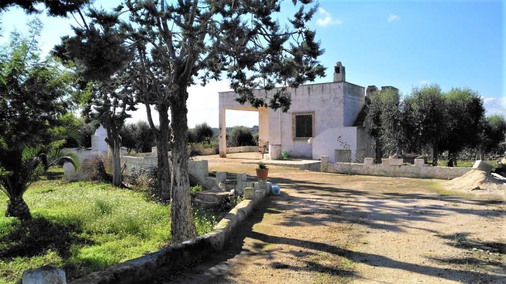 Villa da ristrutturare in vendita Rif. 8985601