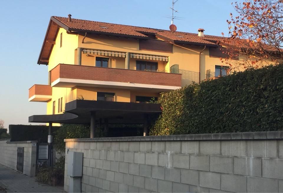 Appartamento in ottime condizioni in vendita Rif. 8984833