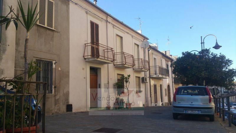 Stabile / Palazzo in buone condizioni in vendita Rif. 8985508