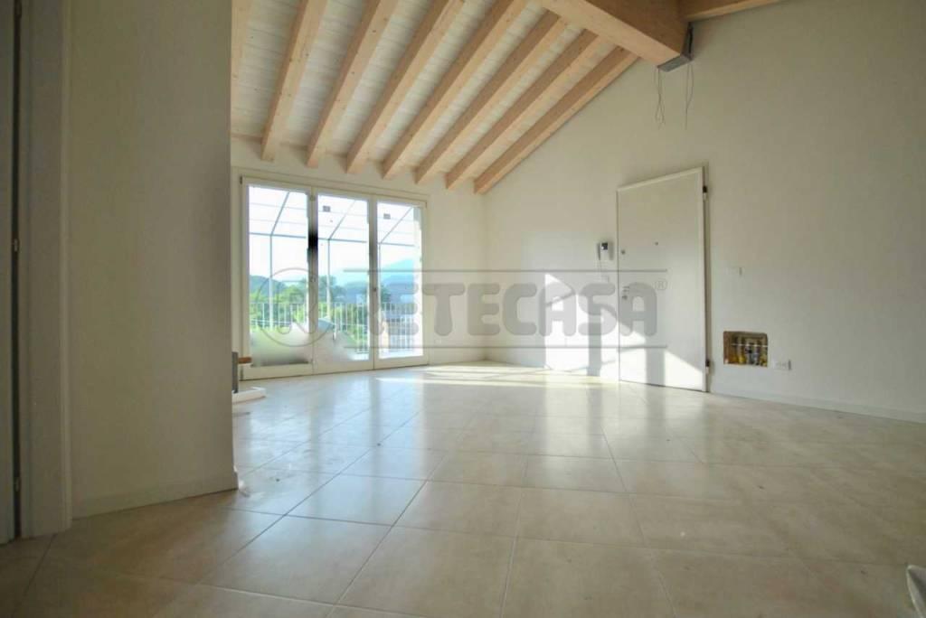 Appartamento in vendita Rif. 8410814