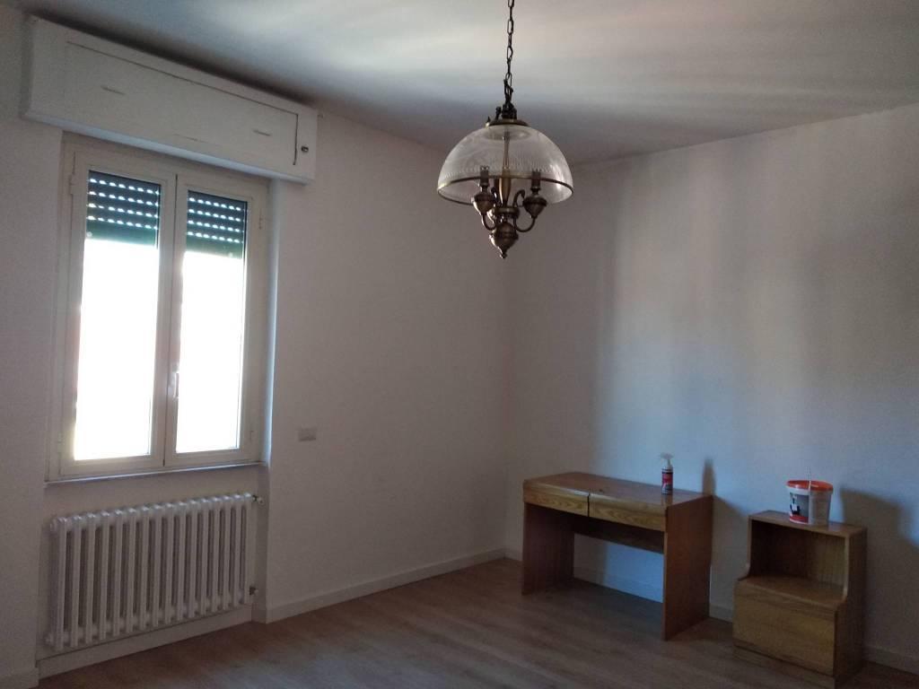 Appartamento in ottime condizioni arredato in affitto Rif. 8986255
