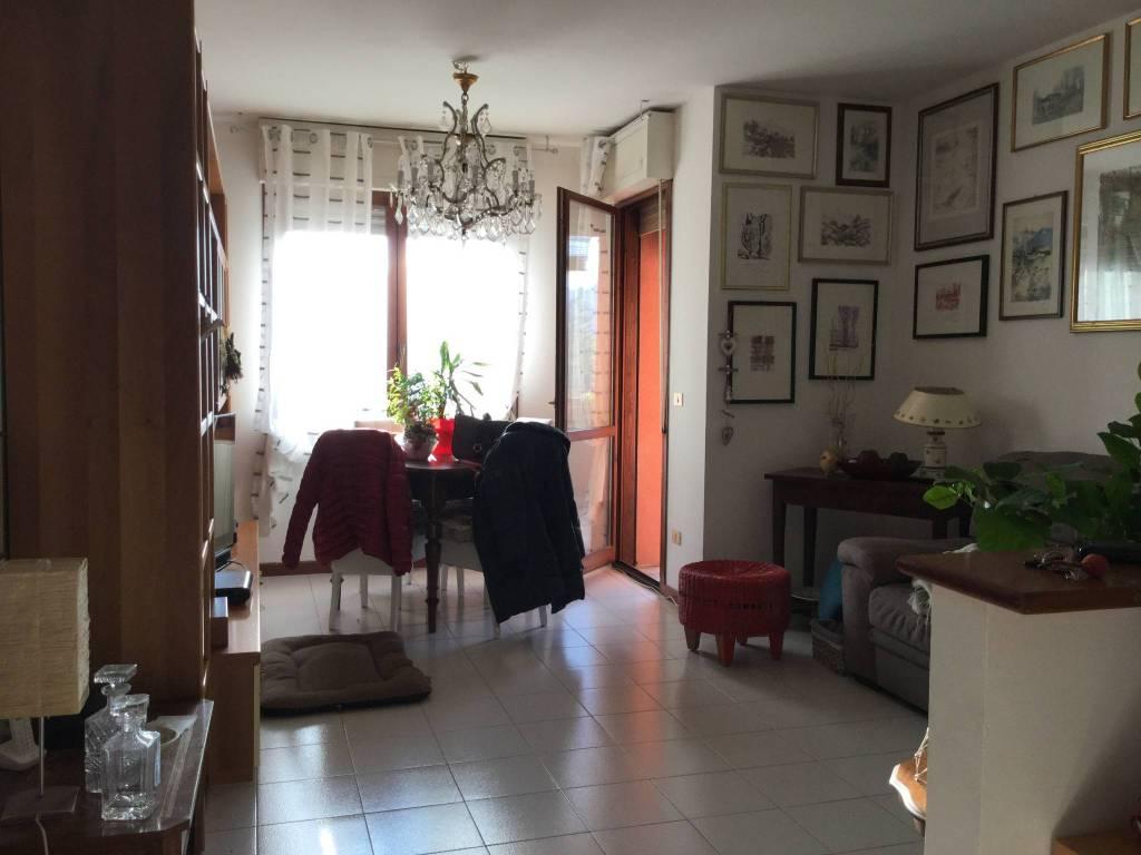 Pianoro Nuovo vendesi bell'appartamento.