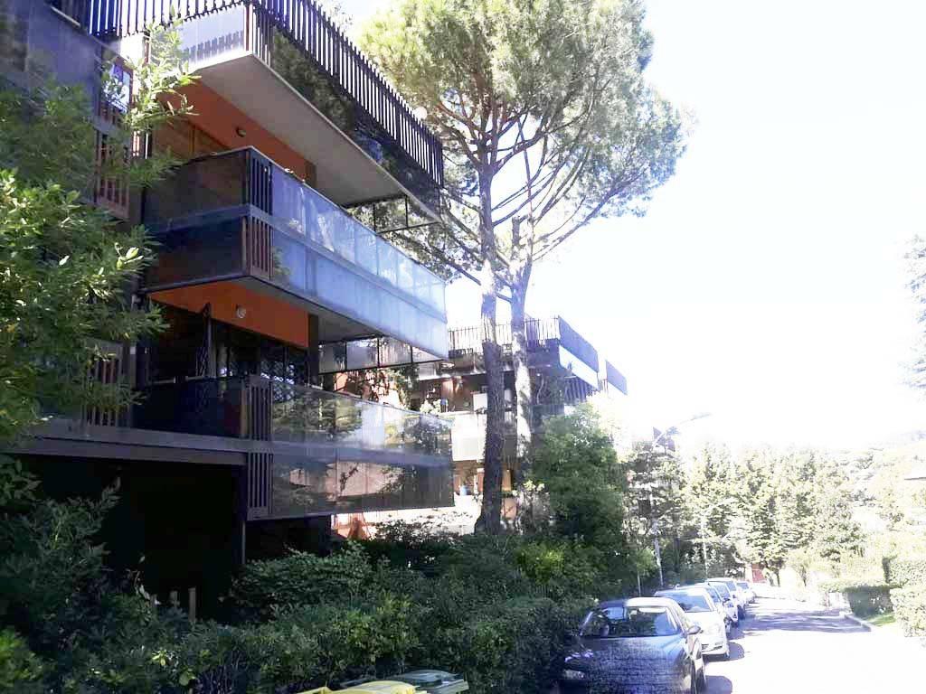 Appartamento in ottime condizioni in vendita Rif. 9012956