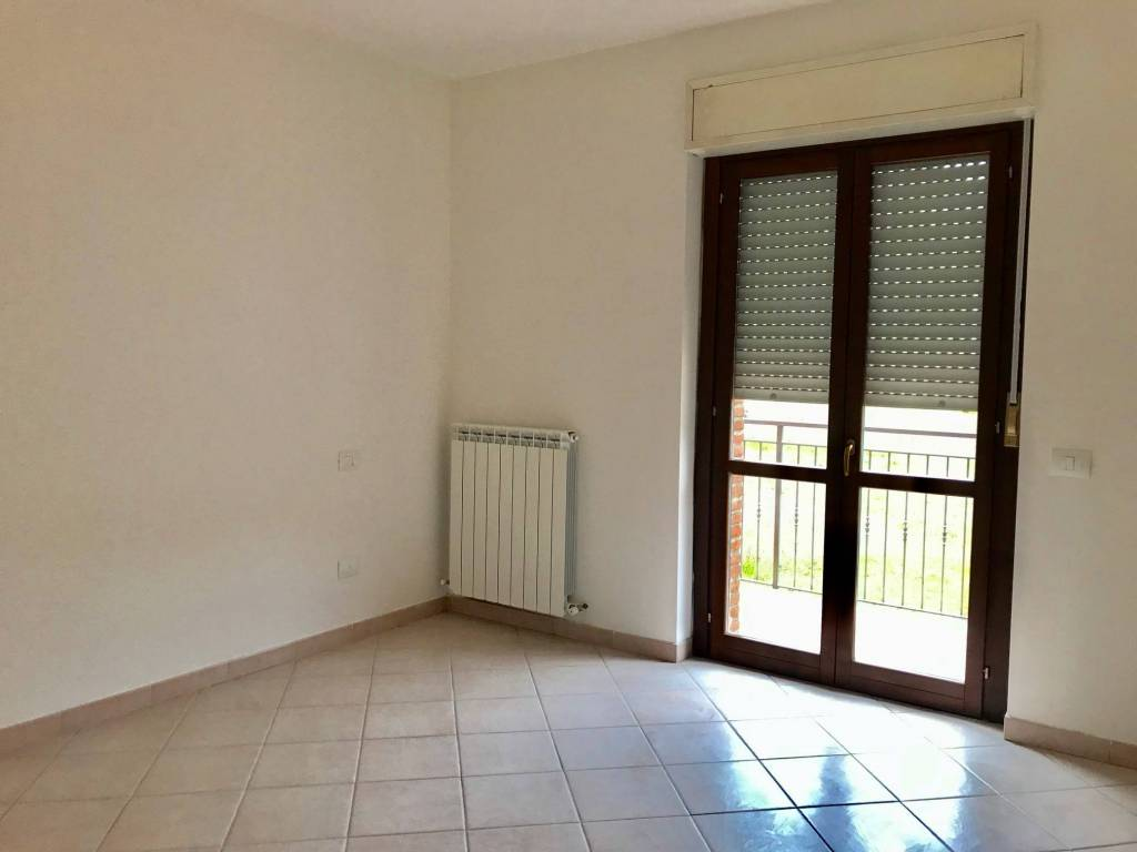 Appartamento trilocale in affitto a Perugia (PG)-4