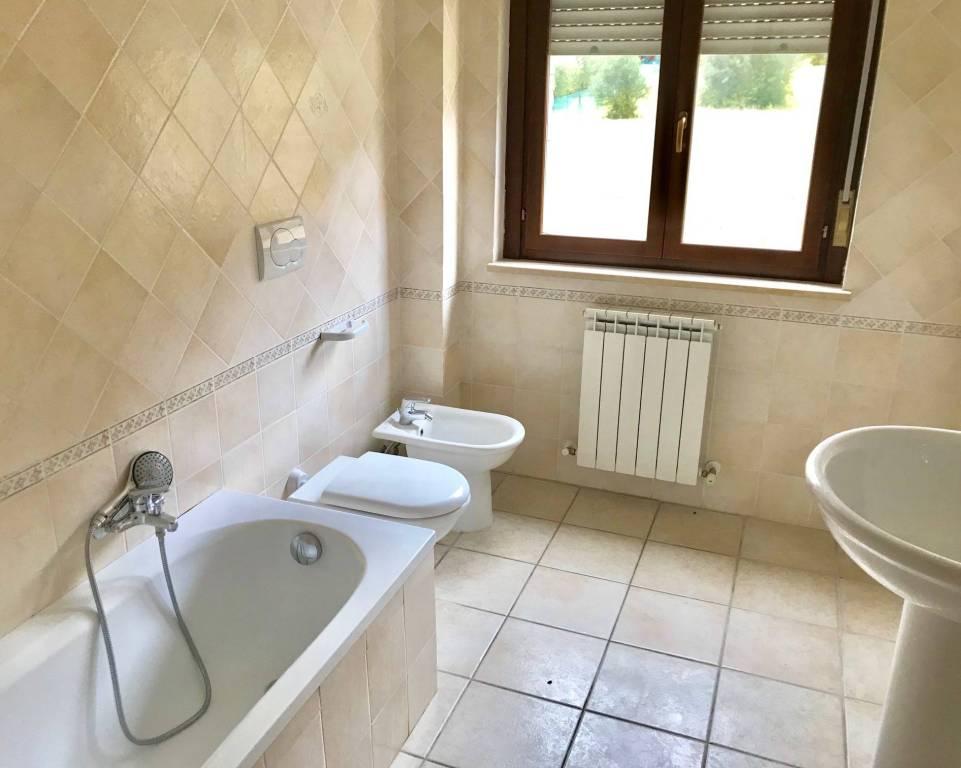 Appartamento trilocale in affitto a Perugia (PG)-6