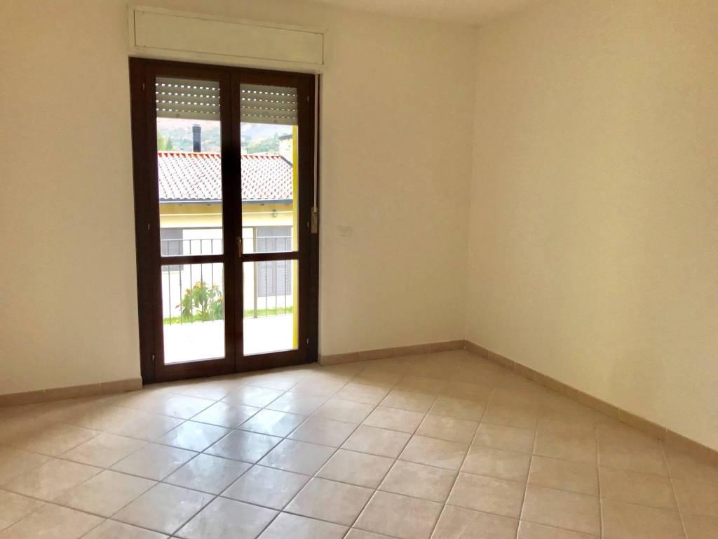 Appartamento trilocale in affitto a Perugia (PG)-2