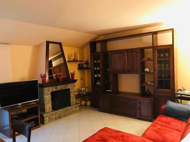 Appartamento in Vendita a Albiolo
