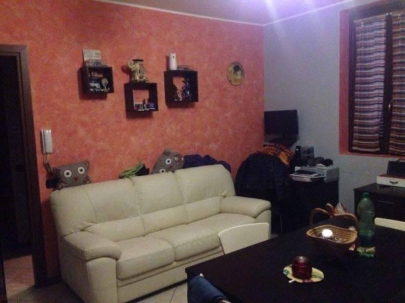 Appartamento in vendita a Tradate, 2 locali, prezzo € 120.000 | CambioCasa.it
