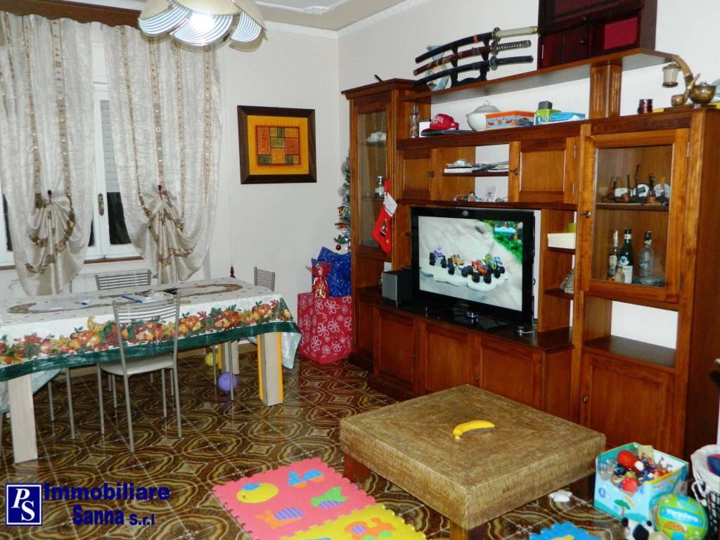 Appartamento in ottime condizioni arredato in affitto Rif. 9011947