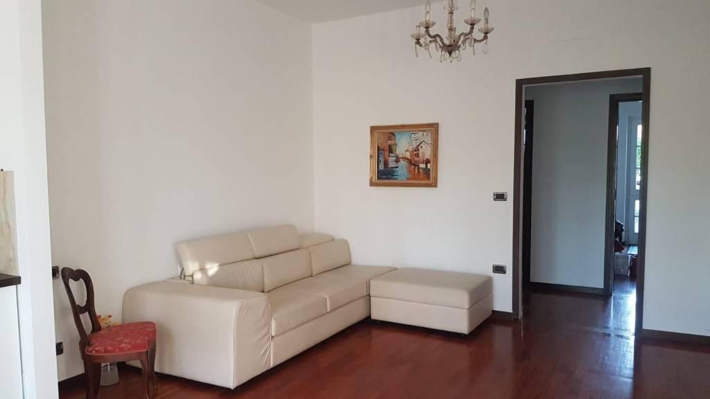 Appartamento in affitto a Fiano, 3 locali, prezzo € 1.000 | CambioCasa.it